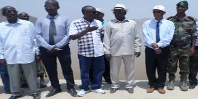 Région d'Obock – Le Premier ministre visite le barrage de Saday